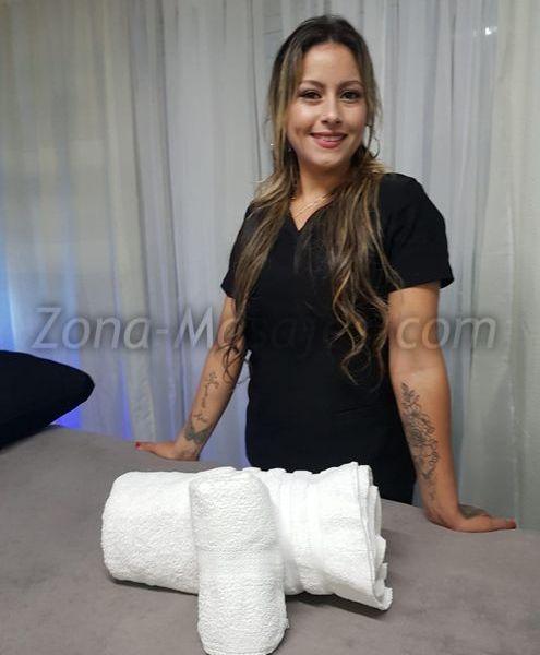 🌺Masajista profesional🌺  Te ofrezco una sesión de masaje:  descontracturante sensitivo relajante sedativo Brindo  masajes profesionales que adapto según tu necesidad , es de cuerpo completo , finalizando con un masaje sensitivo para luego finalizar con un relax!