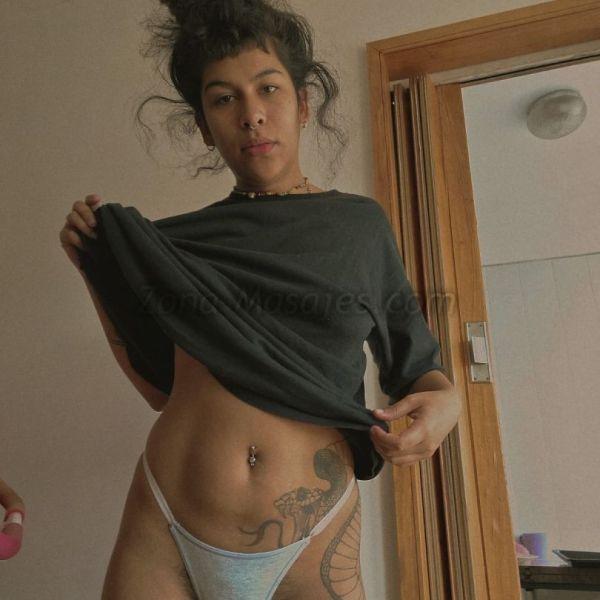 🧡 Hola! Soy Ludmila y doy masajes relajantes  😜 El servicio te lo brindo desnuda e incluye un relax manual  🤠 estoy en Palermo, frente al botánico, te espero
